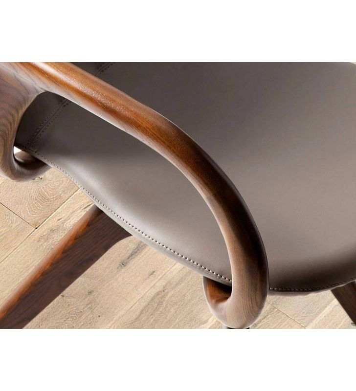 Silla con brazos giratoria tapizada de estilo clásico y moderna