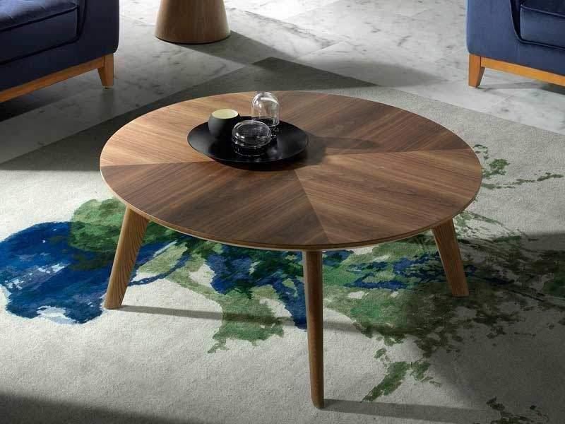 Table basse ronde en bois de noyer verni de 100 cm de diamètre