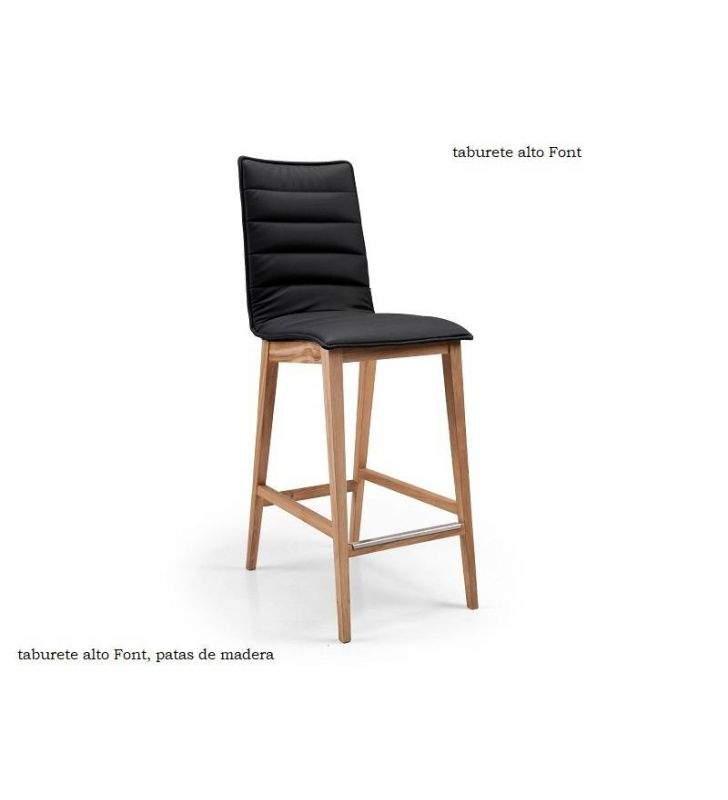 taburetes-altos-respaldo-madera