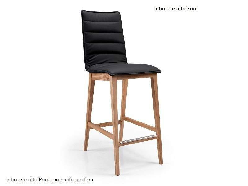 Taburete alto con respaldo y patas de madera Font