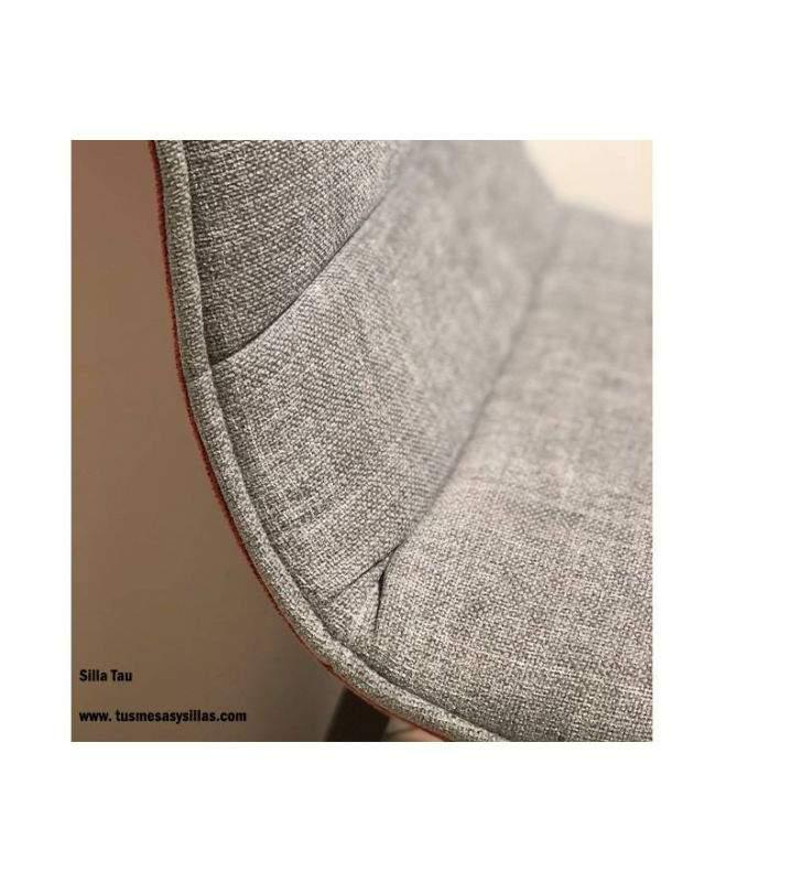 Sillas-acolchadas-cómodas-altas