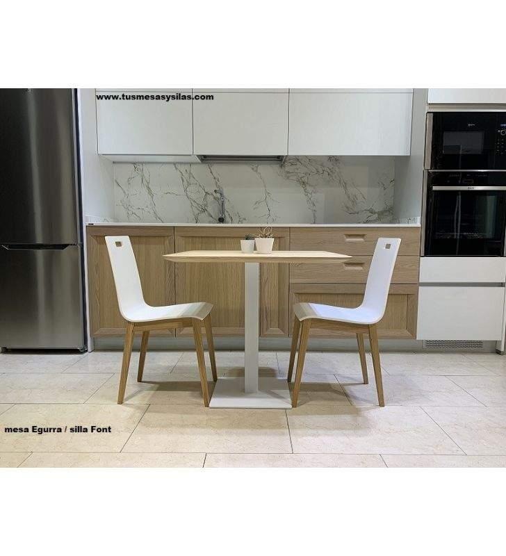 table-chene-80x80-cm
