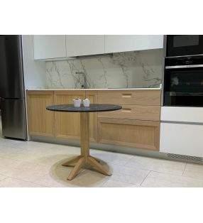 mesa-redonda-roble-encimera-negra