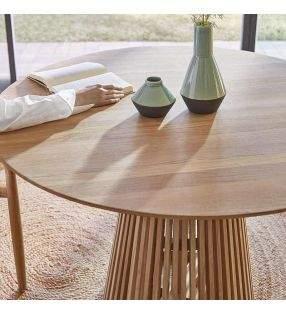 table-ronde-terrasse-bois-porche