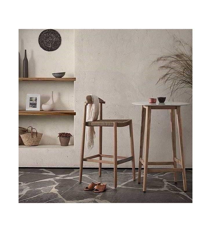 taburetes-rusticos-madera-bodega