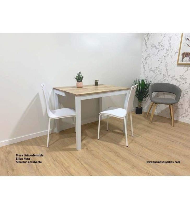 silla-estrecha-blanca-stock
