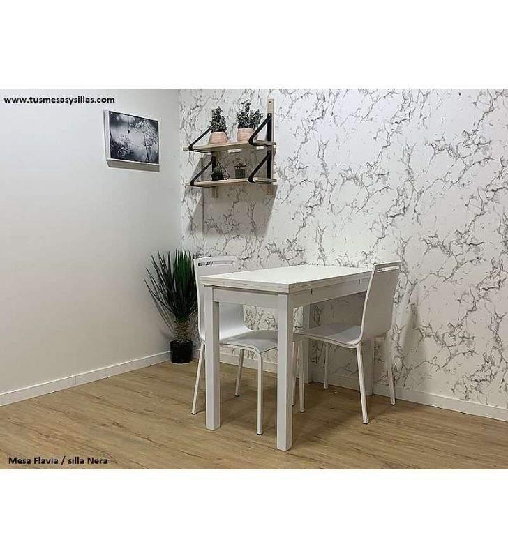 mesa-Flavia-silla-blanca