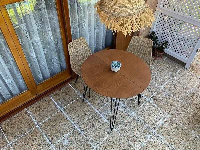 Mesa redonda extensible Aixi para terrazas en stock, diametro de 90 y 100 cm