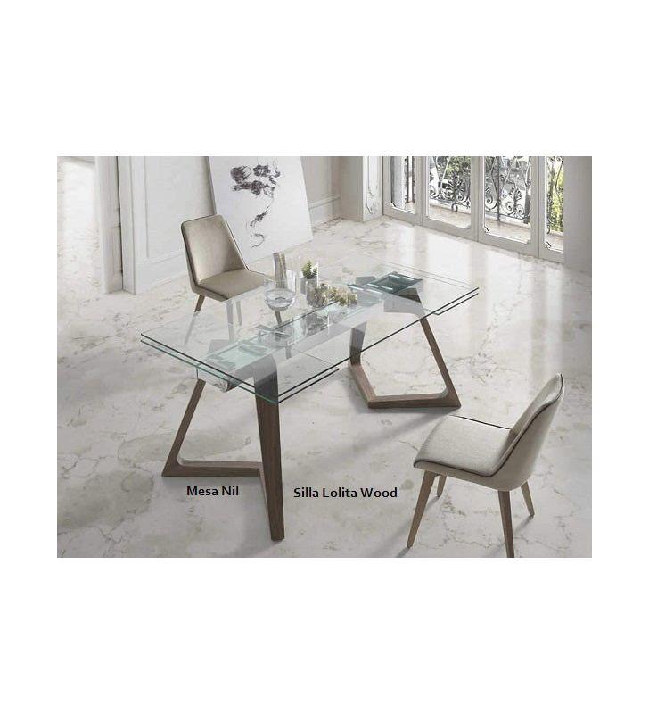 Elegante silla para comedor Lolita Wood con patas de madera y tapizada