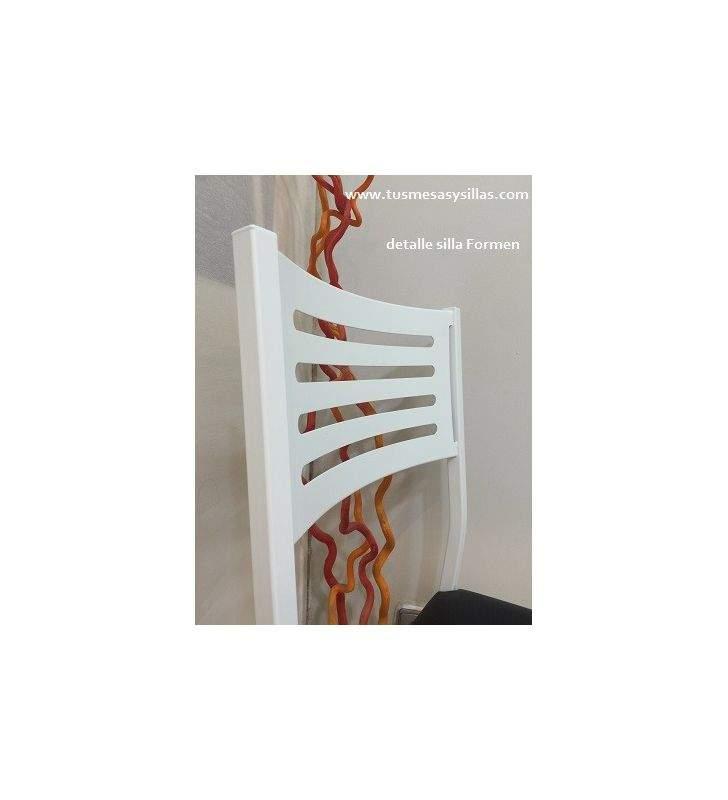 silla de cocina Formen tapizada y blanca