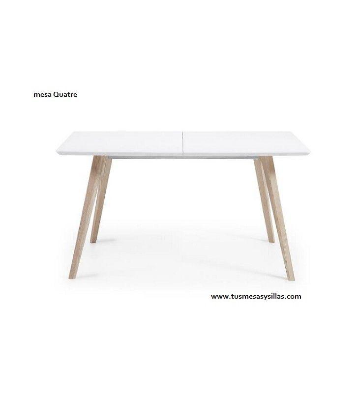 Mesa extensible estilo nordico Quatre