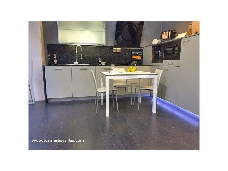 Mesa cocina extensible Penta encimera formica Mesima