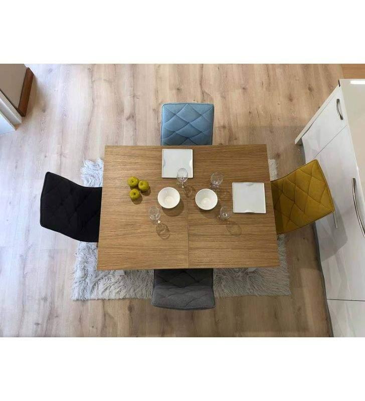 Mesa Kuatro de estilo nordico de cocina o comedor