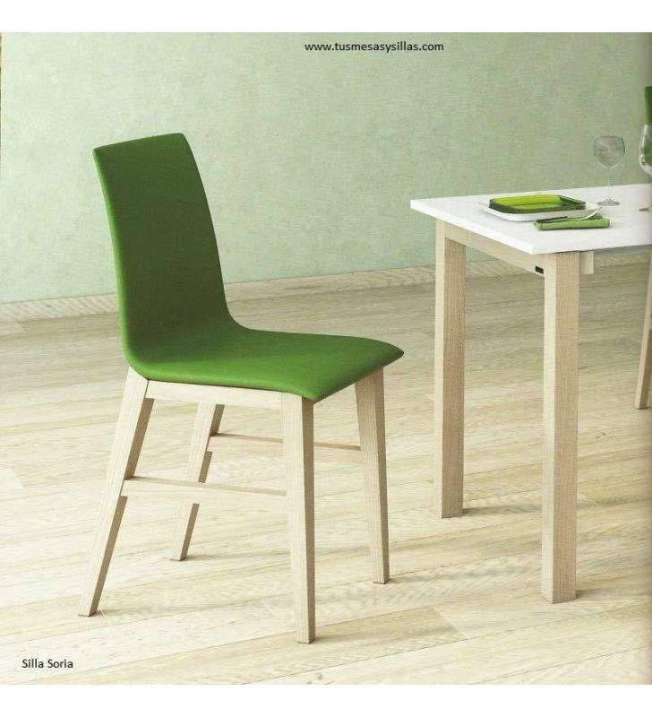sillas-tapizadas-pequeñas-madera