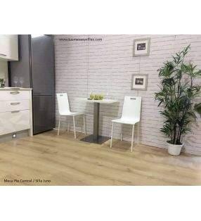 sillas-estrechas-blancas-cocina
