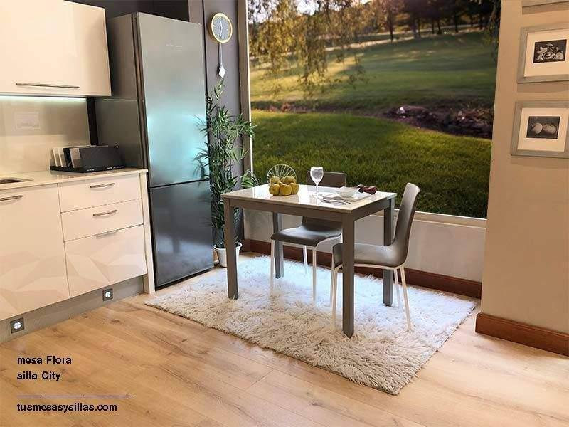 Mesa de cristal extensible para cocina o comedor Flora
