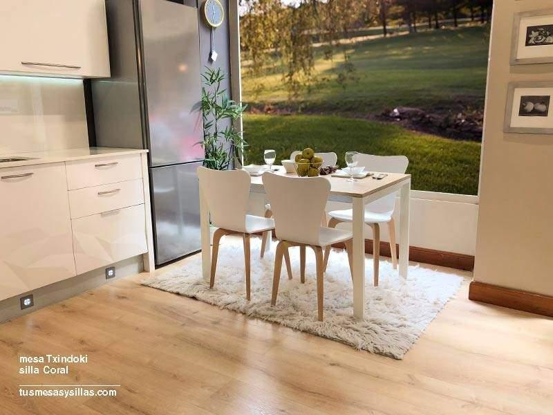 Mesa Txindoki extensible 130x60 para cocina y hostelería