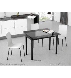 sillas-tapizadas-blancas-cocina