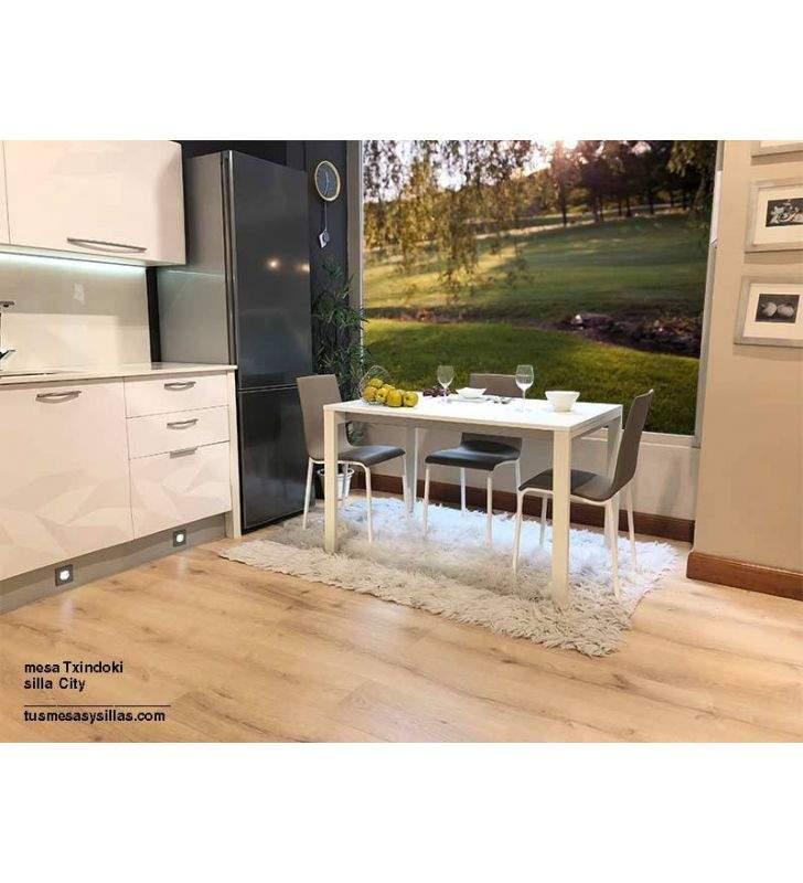 mesa cocina extensible Punto 100x80cm de Ondarreta