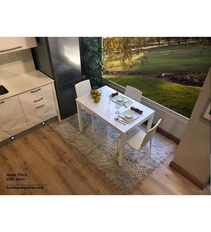 Table à flore extensible de style nordique