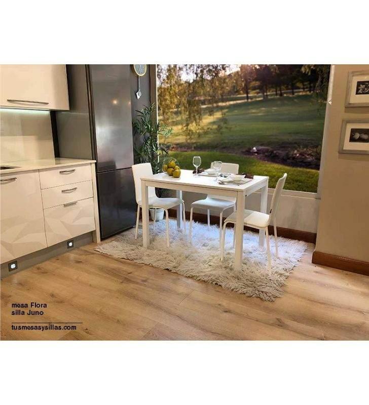 Mesa estensible de cocina blanca