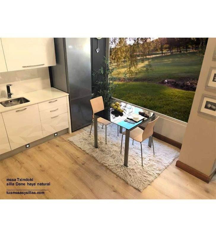 mesas-pequeñas-encimeras-negras