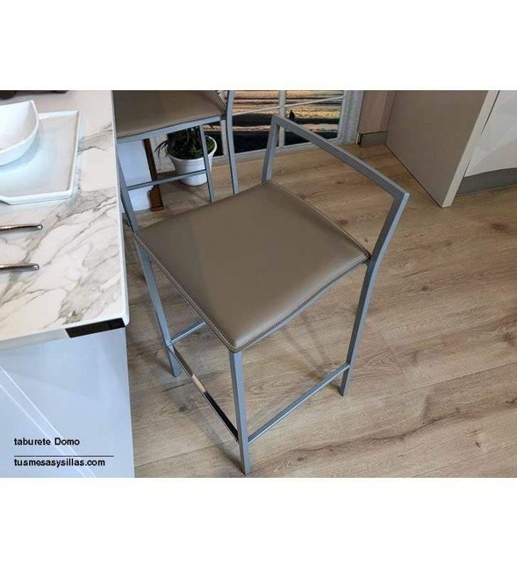 taburete-alto-asiento-cuero