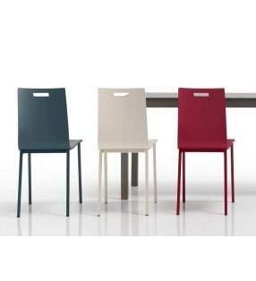 silla-estrecha-cocina-moderna