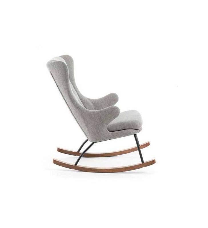 sillón-mecedora-brazos-tela