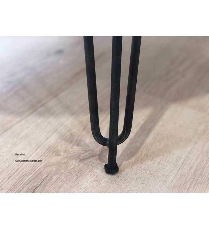 Table ovale de style industriel Beti