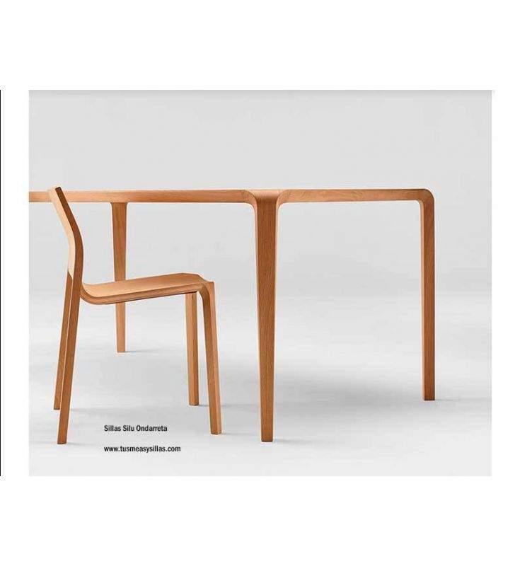 Mesa-silla-Silu-Ondarreta