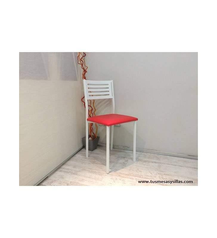 Set de table avec tiroir et chaises Issa et Formen