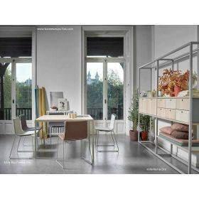 Mesa, mostradores, bancos, estanterias modelo Dry.