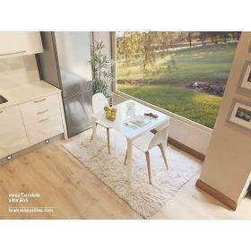 tables carrées fixes ou peu coûteuses