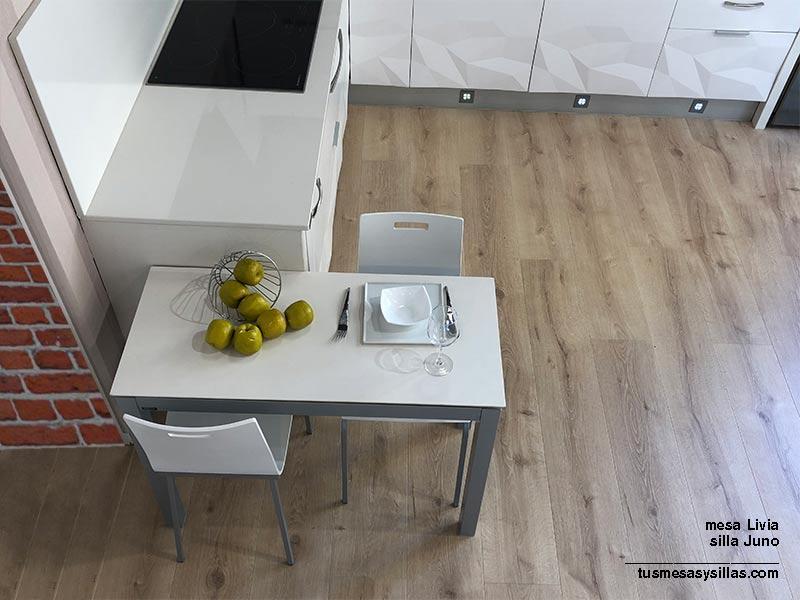 mesa-estrecha-cocina-blanca